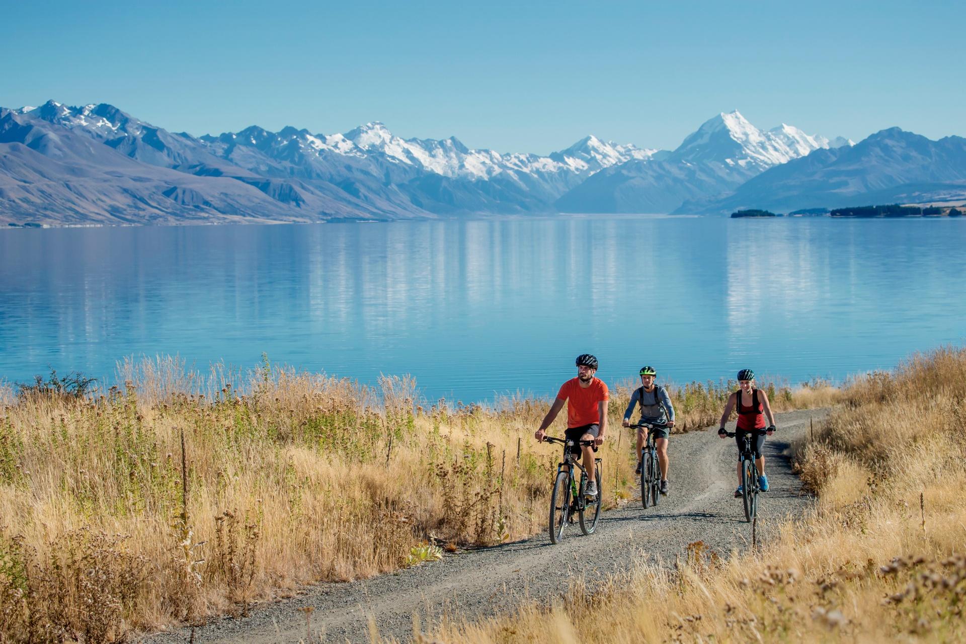 9443-Lake-Pukaki-Mount-Cook-Camilla-Rutherford