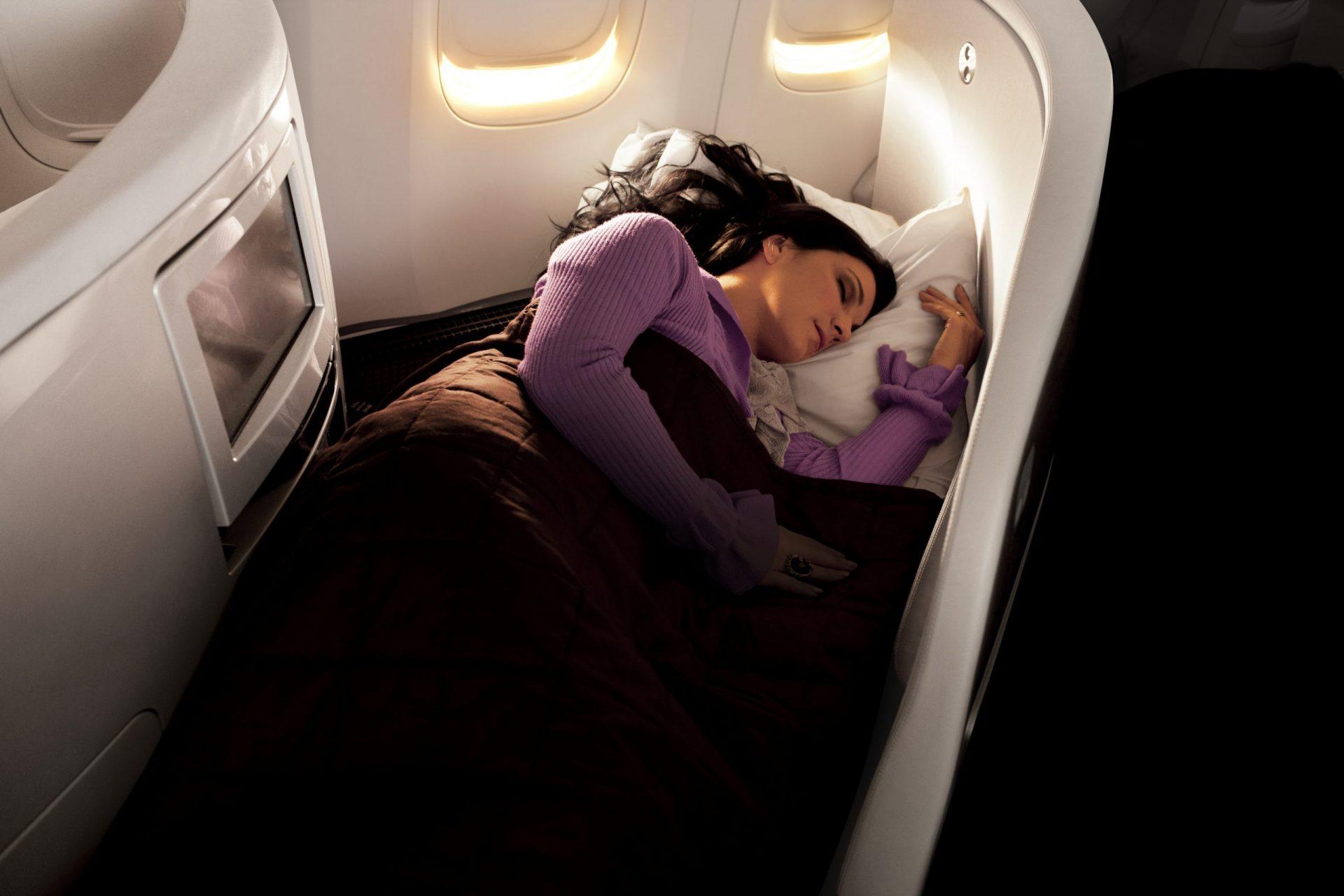 Business PremierWoman sleeping-0133785