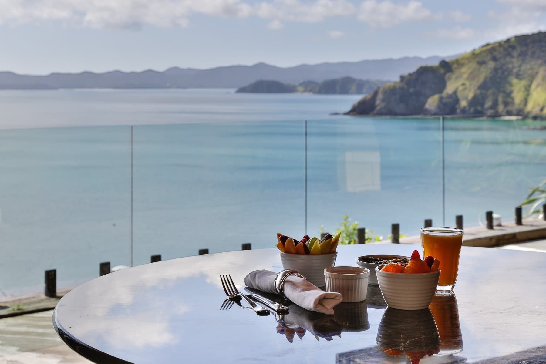 Donkey Bay outdoor dining (1)