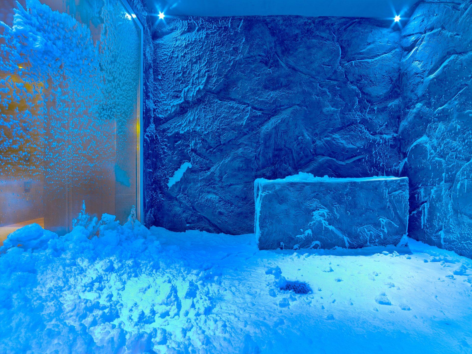 Snow_Grotto