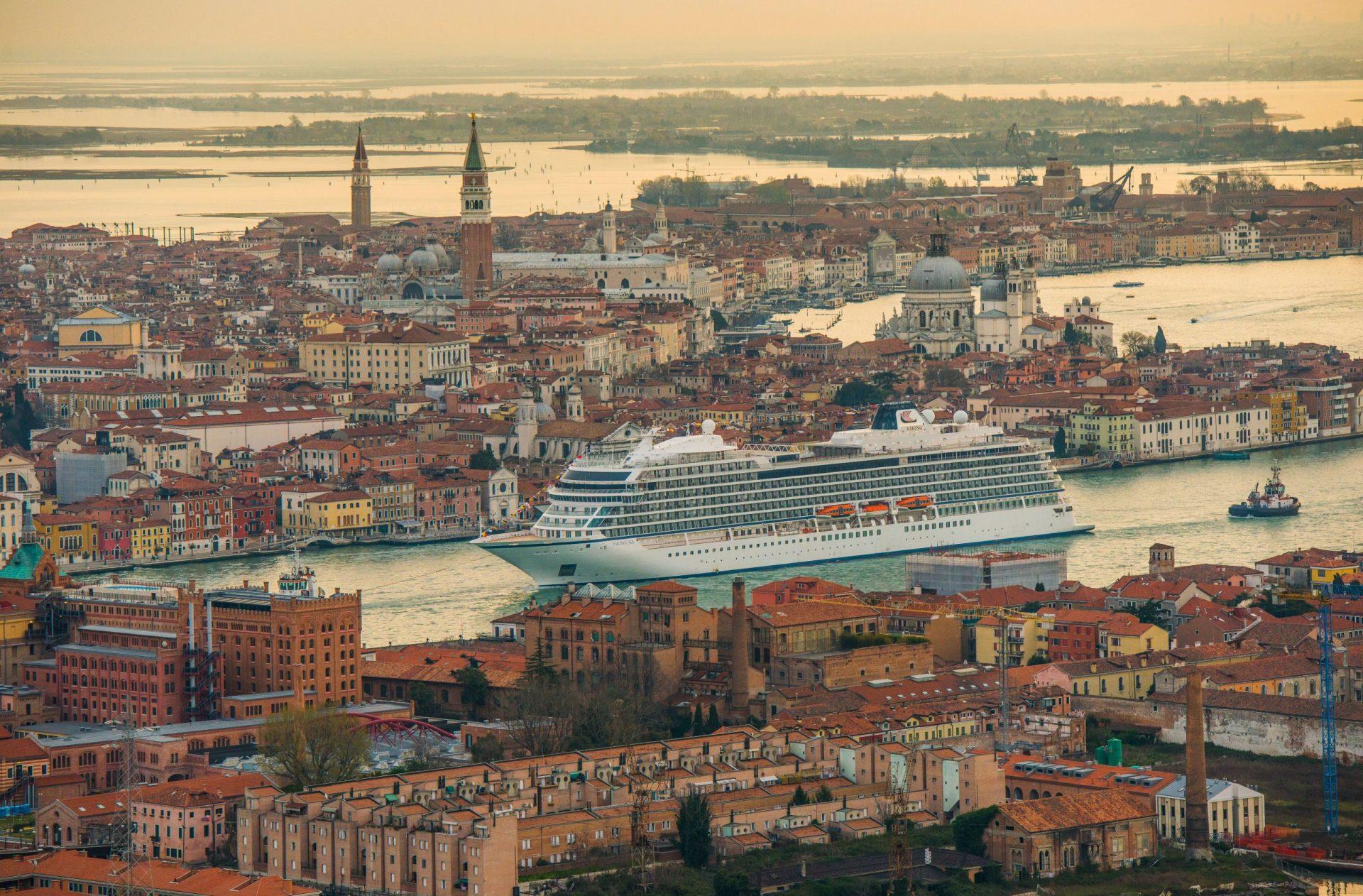 Viking_Ocean_Ship_in_Venice