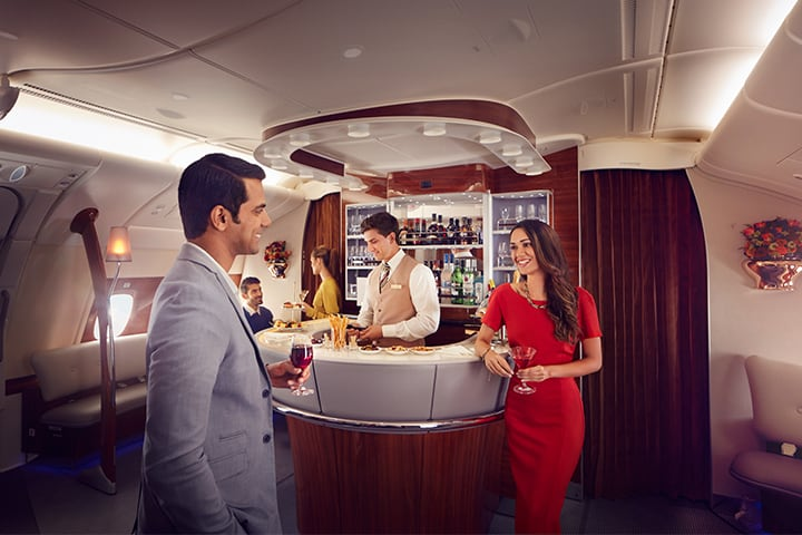 emirates-a380-business-class-onboard-lounge-chat-720x480