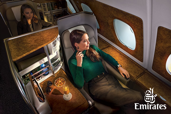 emirates-a380-business-class-seating-champagne-720x480 (Logo)